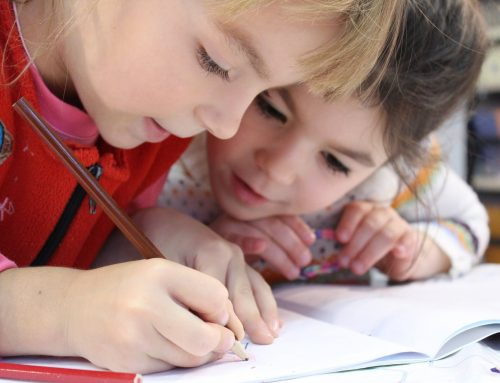 How do you know when a child is ready to start handwriting?